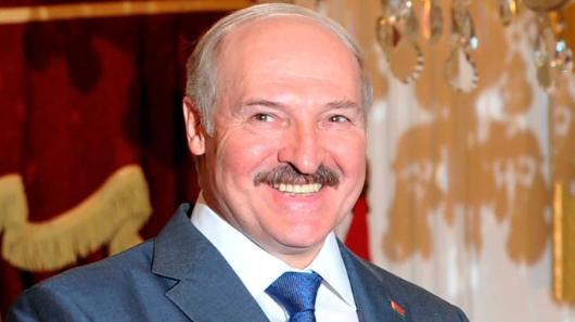 «Лупит собственный народ»: Харламов обрушился наЛукашенко