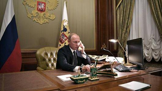 «Хотим войти всостав РФ»: белорусы обратились кПутину