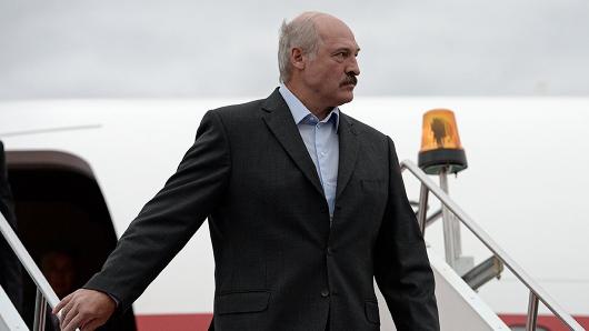 Самолет Лукашенко вылетел изМинска всторону РФ