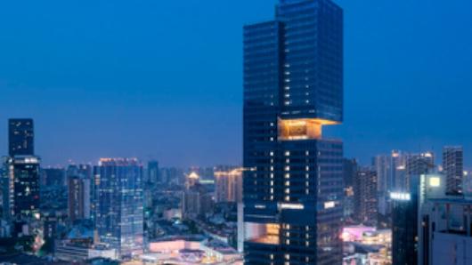ВКитае «разрубили» небоскреб