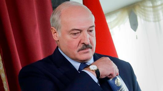Лукашенко пообещал недопустить гражданской войны вБелоруссии