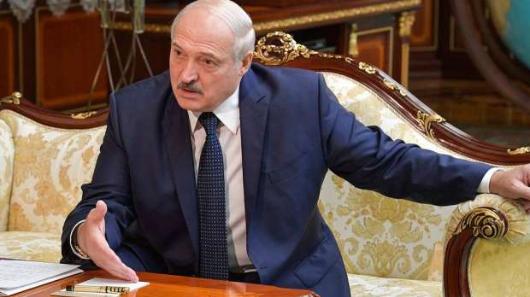 «Фальсификация»: Лукашенко перехватил разговор Меркель оНавальном