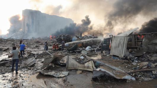 Пожар вБейруте: новые взрывы встолице Ливана