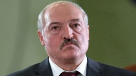Лукашенко подстегнул протесты тайной инаугурацией