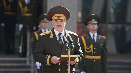Собчак высказалась опротестах вБелоруссии после тайной инаугурации Лукашенко