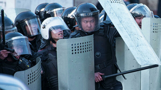 Первая жертва Майдана: ранен пресс-секретарь главы Киргизии
