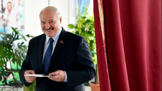 Лукашенко опротестах: безвнешнего влияния ничего бынебыло